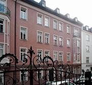 Architekturbüro Weishaupt München I Dachgeschossausbau mit zusätzlichem außenliegenden Lift