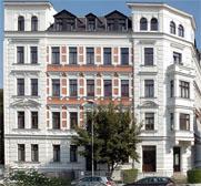Architekturbüro Weishaupt München I Umbau und Sanierung eines Wohnhauses mit Dachgeschossausbau